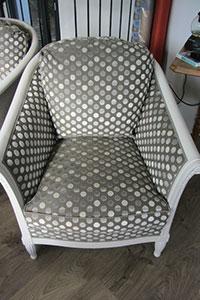 fauteuil Tonneau recouvert de Diabolo cendre de jéro